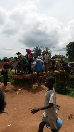 déplacement de la population / @Eric Ngaba