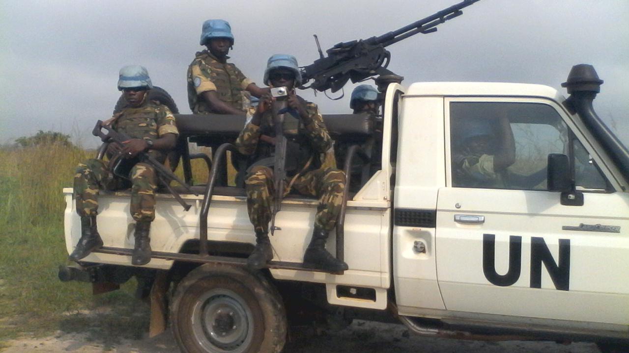 Les casques bleus de la MINUSCA en patrouille/ @Eric Ngaba