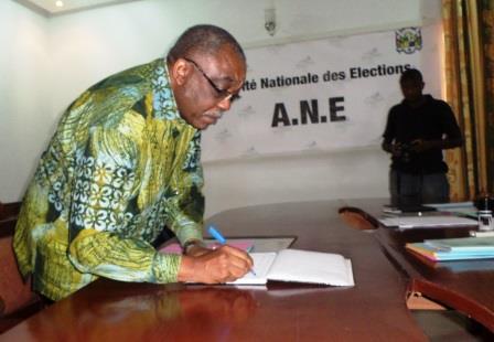 Le candidat Constant Gouyomgbia-Kongba Zézé a déposé officiellement sa candidature