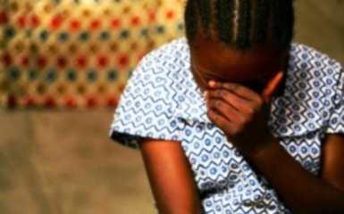 Violée par son père à 2 ans, elle crie chaque nuit : « Papa, je n'ai dit à personne. »