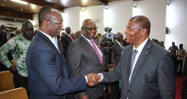 Le président Touadera avec les leaders d'opposants politique/@photo presse présidentielle