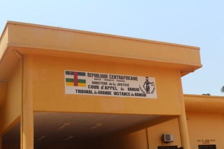 Centrafrique: l'Union européenne dote le secteur judiciaire d'un nouveau palais de justice et des moyens roulants