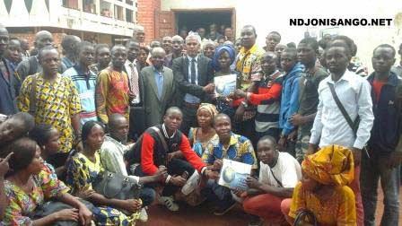 Les étudiants de l'Université de Bangui avec le représentant de CICOS@Eric Ngaba