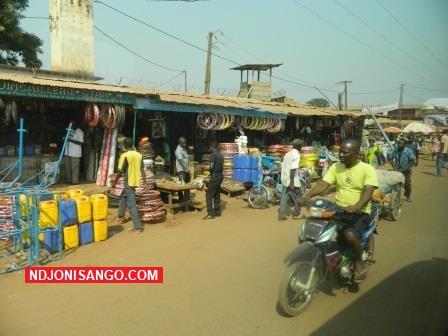 une vue du marché Km5 dans le 3è arrondissement de Bangui@photo Erick Ngaba