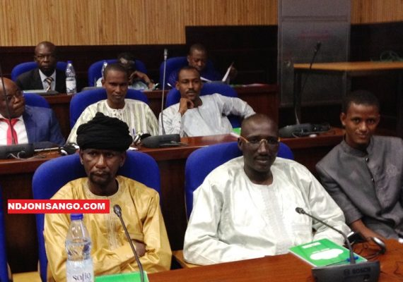 Sidiki Abbas et Ali Ndaras lors de la réunion à huis-clos@Erick NGABA