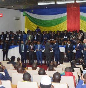 RCA: Le gouvernement et les groupes armés à l'heure d'évaluation de l'accord de paix