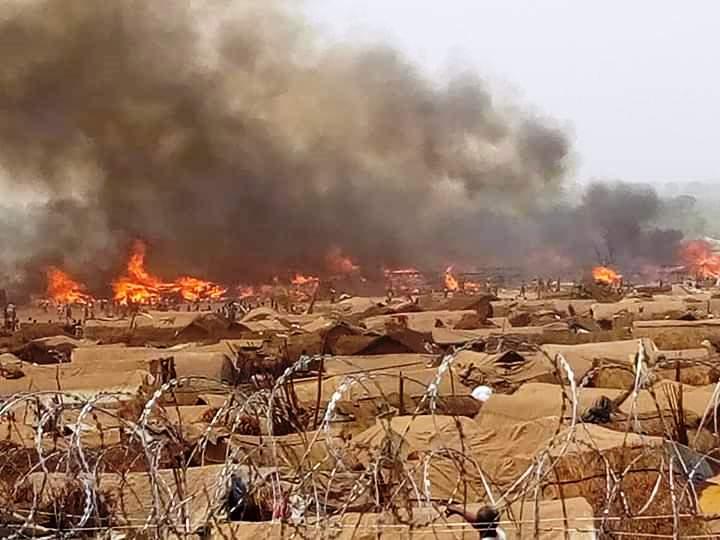 L'incendie du site des déplacés de Kaga-Bandoro@photo PAM