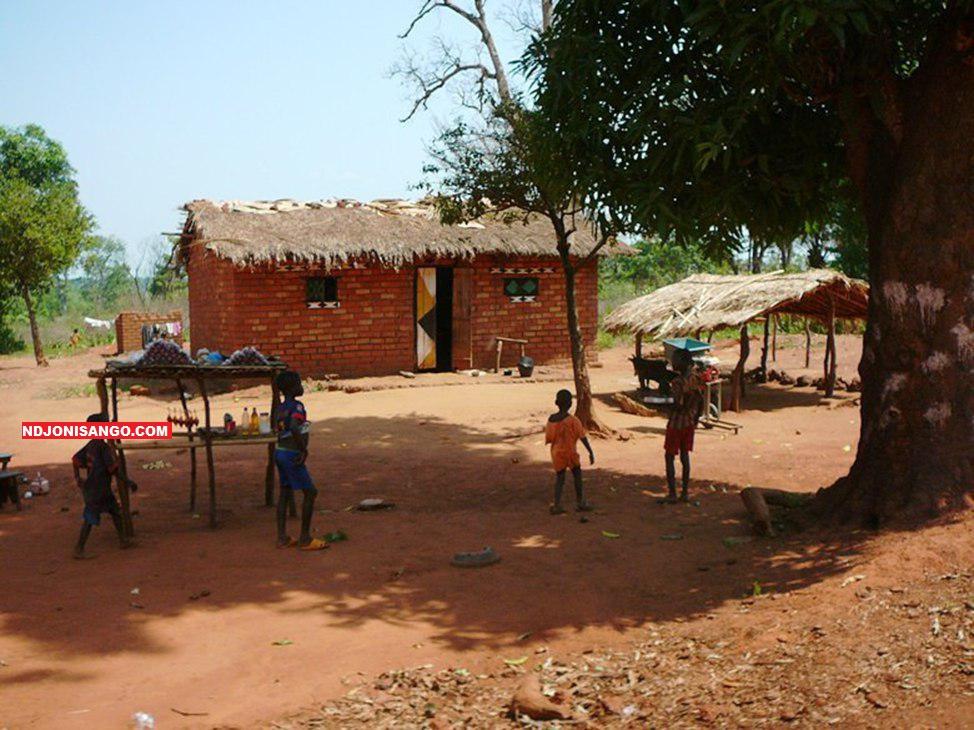 Une maison d'habitation près de l'aérodrome de Bambari/mars 2019@photo Erick Ngaba