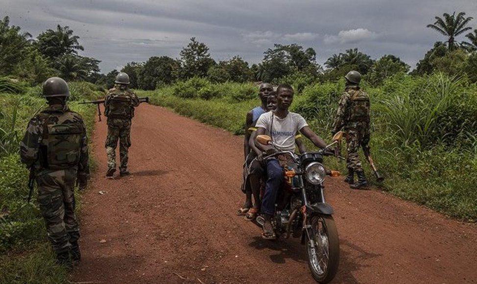 patrouille pédestre des élments des Forces armées centrafricaines à Bambari