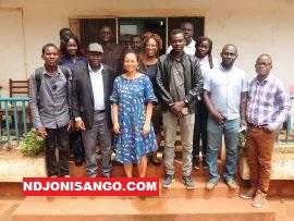 Les Blogueurs centrafricains et l'équipe de Facebook au sortir d'une réunion à Bangui
