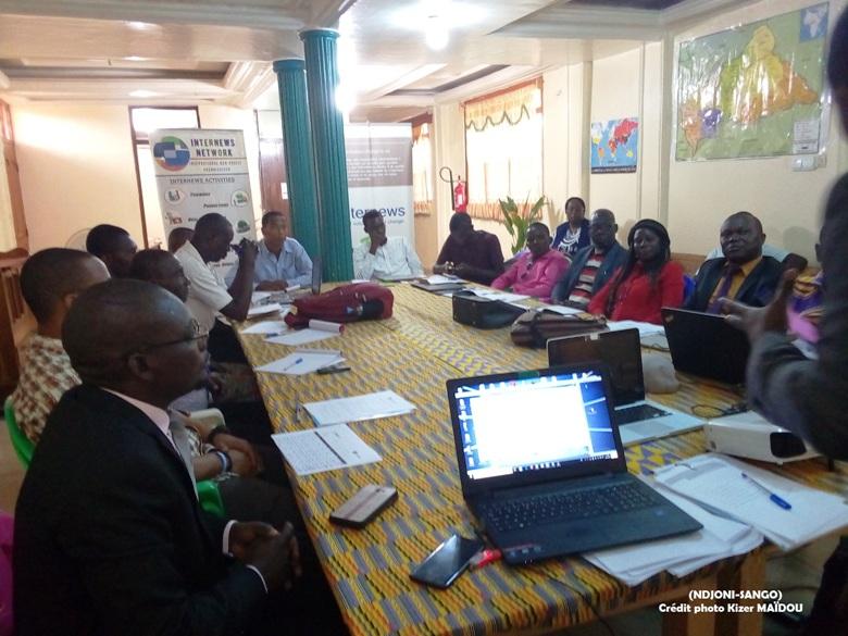 Journalistes et Blogueurs en formation sur les fake-news au siège d'Internews à Bangui