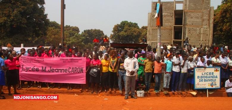 Des lycéens lors de la commémoration de la journée des Martyrs en 2017 à Bangui@photo Erick Ngaba