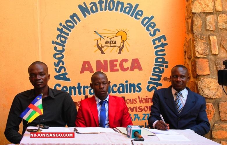 Paul Josué Singa, nouveau président de l'ANECA, entouré de ses proches collaborateurs@ photo Marly Pala