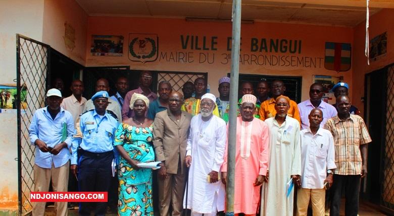 Les autorités locales du 3è arrdt de Bangui et les cadres de l'ANE@photo Marly Pala