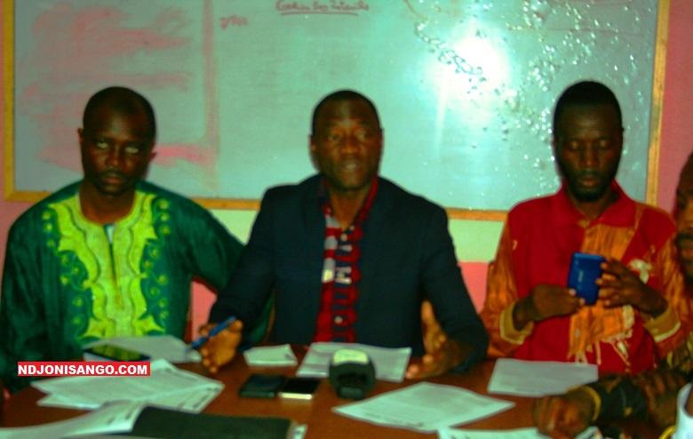 Les membres de la plateforme politique E Zingo Biani en onférence de presse à Bangui