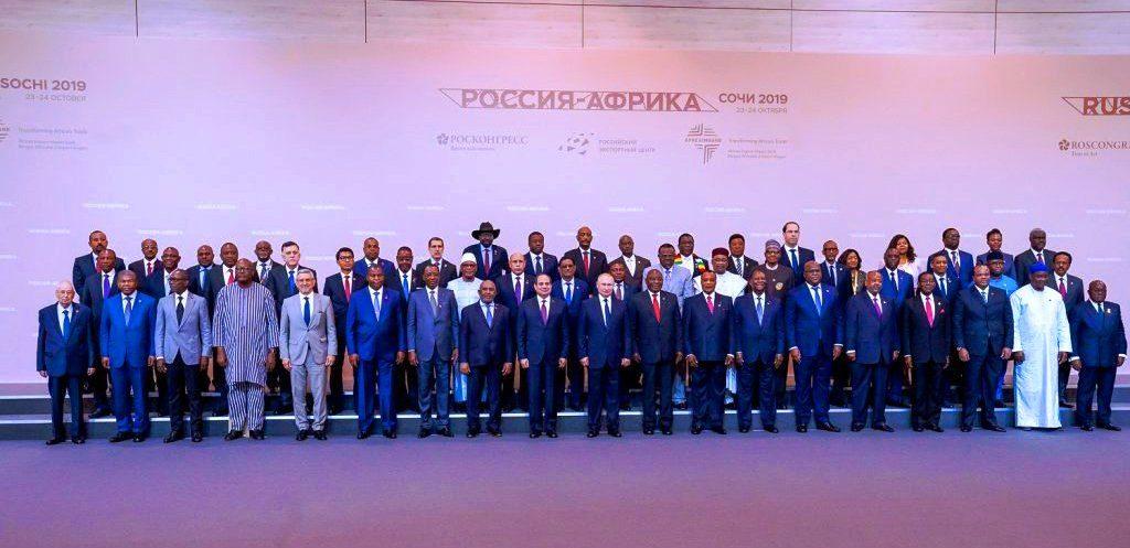 Les chefs d'Etats et gouvernements africains et le président russe au forum économique de Sotchi