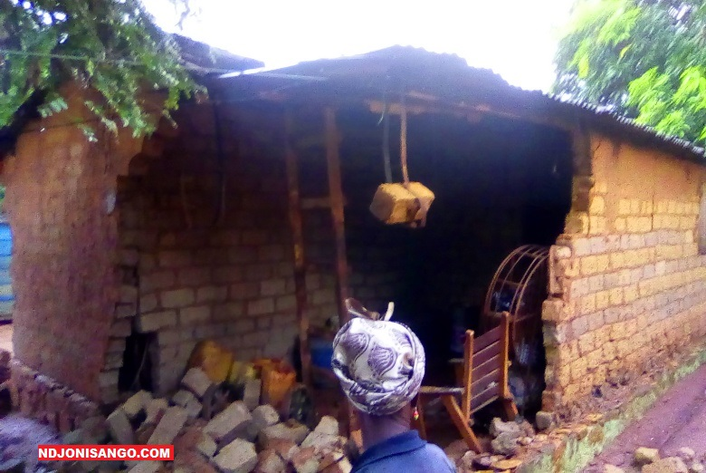 Une maison d'habitation écroulée lors de recentes pluies diluviennes à Bangui @photo Marly Pala