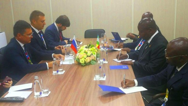 Rencontre entre les autorités centrafricaines et russes en marge du forum économique de Sotchi,  sur le secteur énergétique @photo la Renaissance