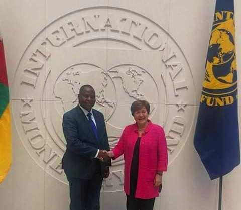 Le président centrafricain Faustin Archange Touadera avec la DG du FMI Kristalina Georgevia