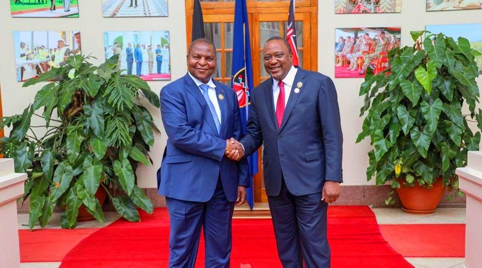 rencontre du pré&sident centrafricain Faustin Archange Touadera avec son homologue kenyan Uhuru Kenyatta