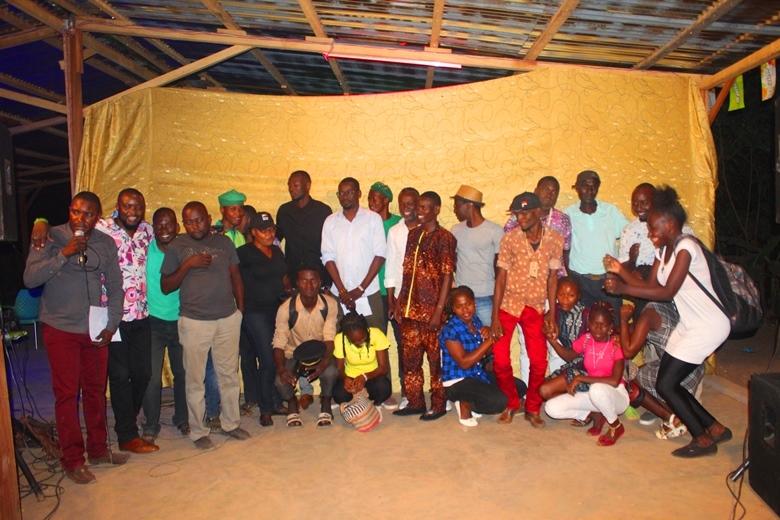 Grand casting des humouristes organisé par Docteur Mandjeké à Fin Services à Bangui en prélude au festival Bangui rire@photo Erick NGABA