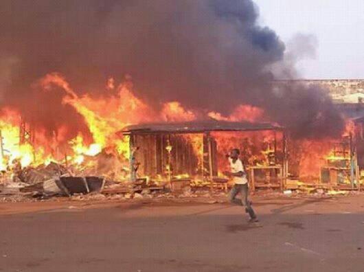 Incendie des magasins au PK5 dans le 3è arrondissement de Bangui