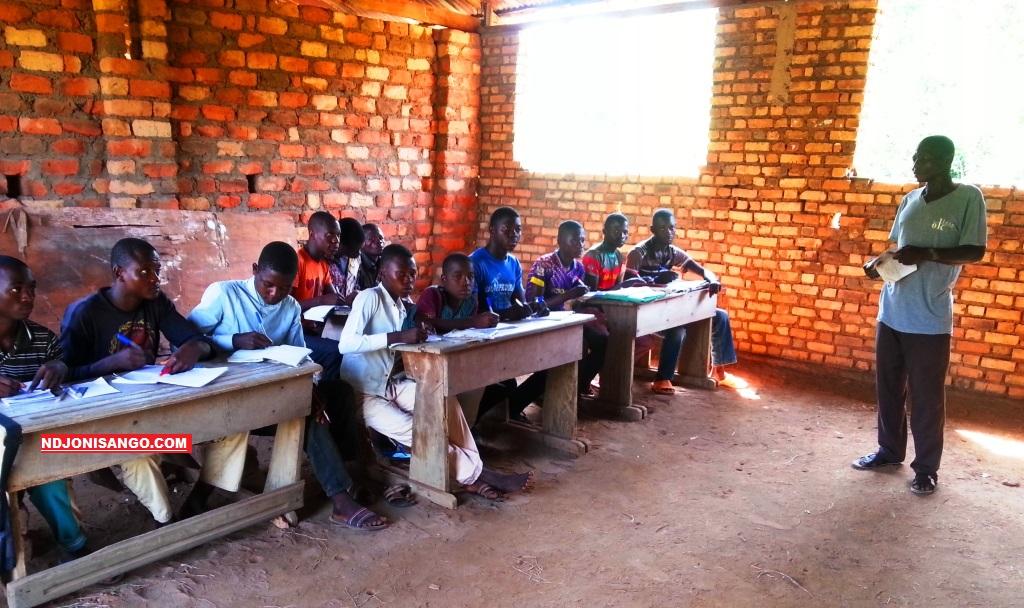 Une vue des élèves du collège de Zangba dans la Basse-kotto@photo Fiacre Salabé
