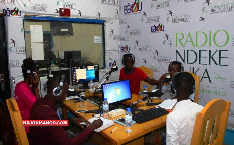 Vue de studio A de Radio Ndeke Luka avec des invités d'une émission le 12 août 2019@photo Erick Ngaba