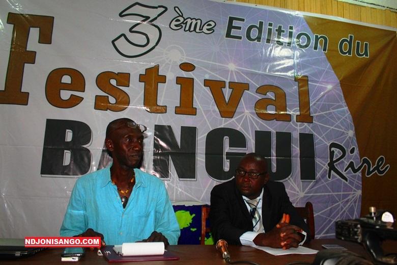 De-gauche-à-droite-Docteur-Mandjeké-et-Auguste-lors-de-la-conférence-de-presse-à-Bangui@photo-Erick-Ngaba