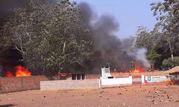 L'incendie d'un site des déplacés par les éléments de l'UPC à Alindao