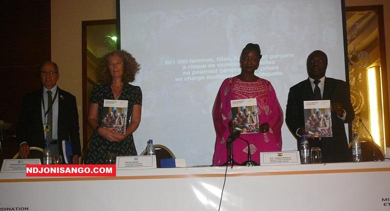 Lancement du plan humanitaire 2020 par la ministre de l'action humanitaire Virginie Baïkoua et les acteurs humanitaires à Bangui@photo Grâce Ngbaléo