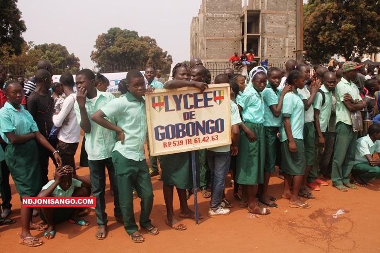 les élèves du lycée de Gobongo lors de la célébration de la journée des Martyrs à Bangui en 2017@photo Erick Ngaba