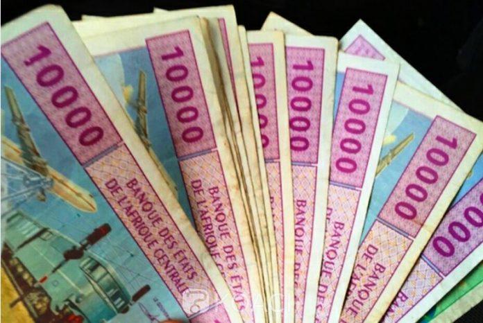 Centrafrique-billet-banque-Ndjoni-Sango