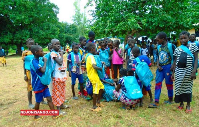 Centrafrique-élèves-Nana-Bakassa-Ndjoni-Sango